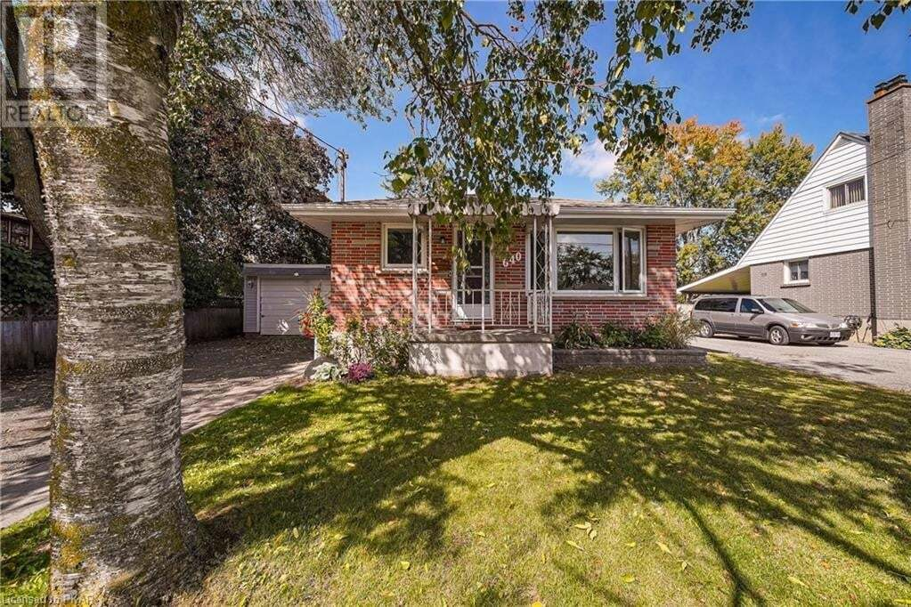 House for sale at 640 Cameron St Peterborough Ontario - MLS: 40021599