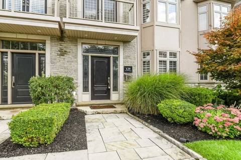 Condo for sale at 129 Nelson St Oakville Ontario - MLS: W4576551