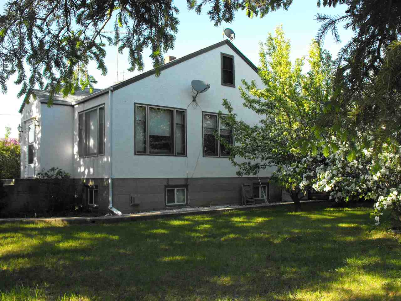 For Sale: 0 2nd Street East , Derwent, AB | 2 Bed, 1 Bath House for $129,900. See 27 photos!
