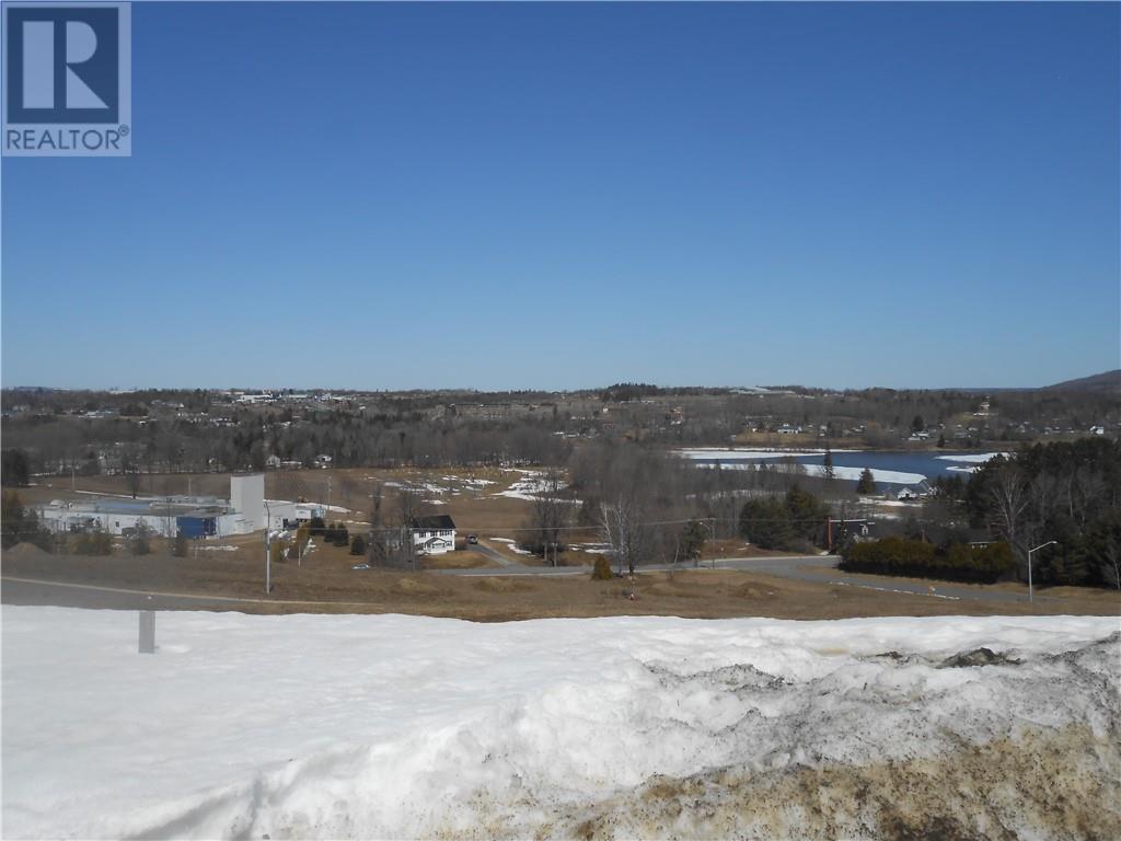 102 Osprey Court, Woodstock | Sold? Ask us | Zolo.ca