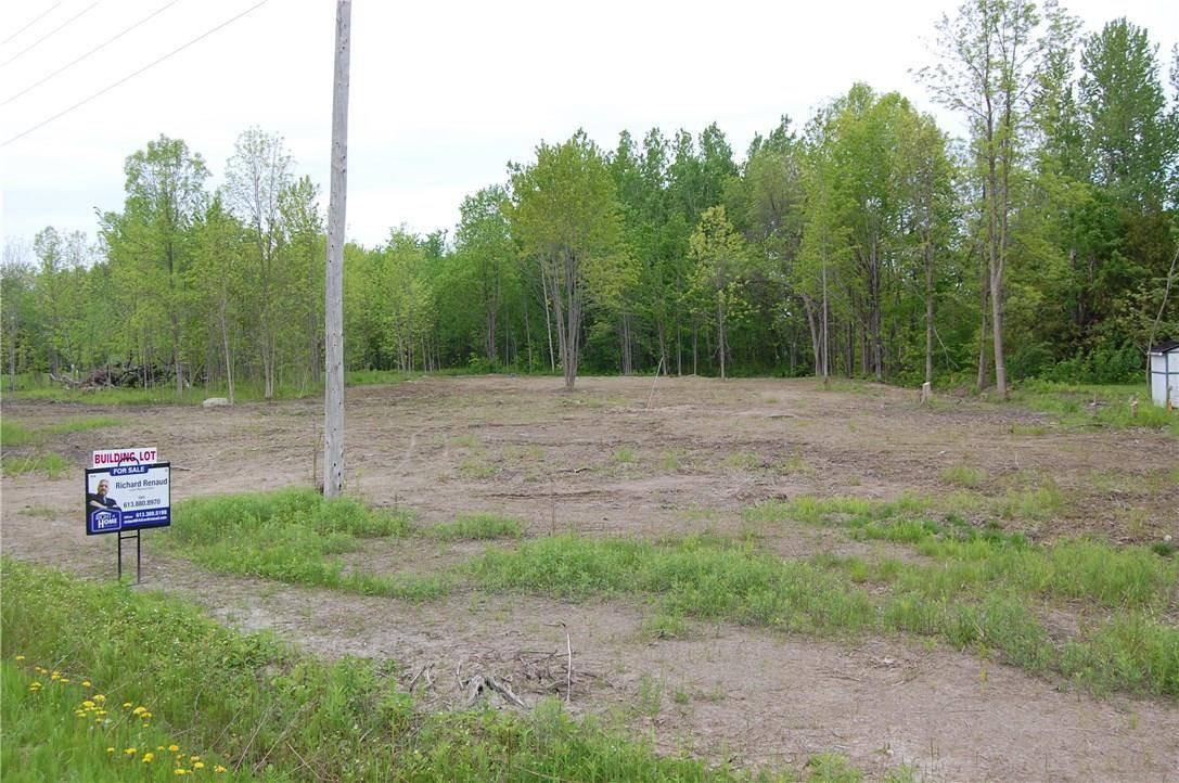 Residential property for sale at 00 17 Rd Rockland Ontario - MLS: 1135080