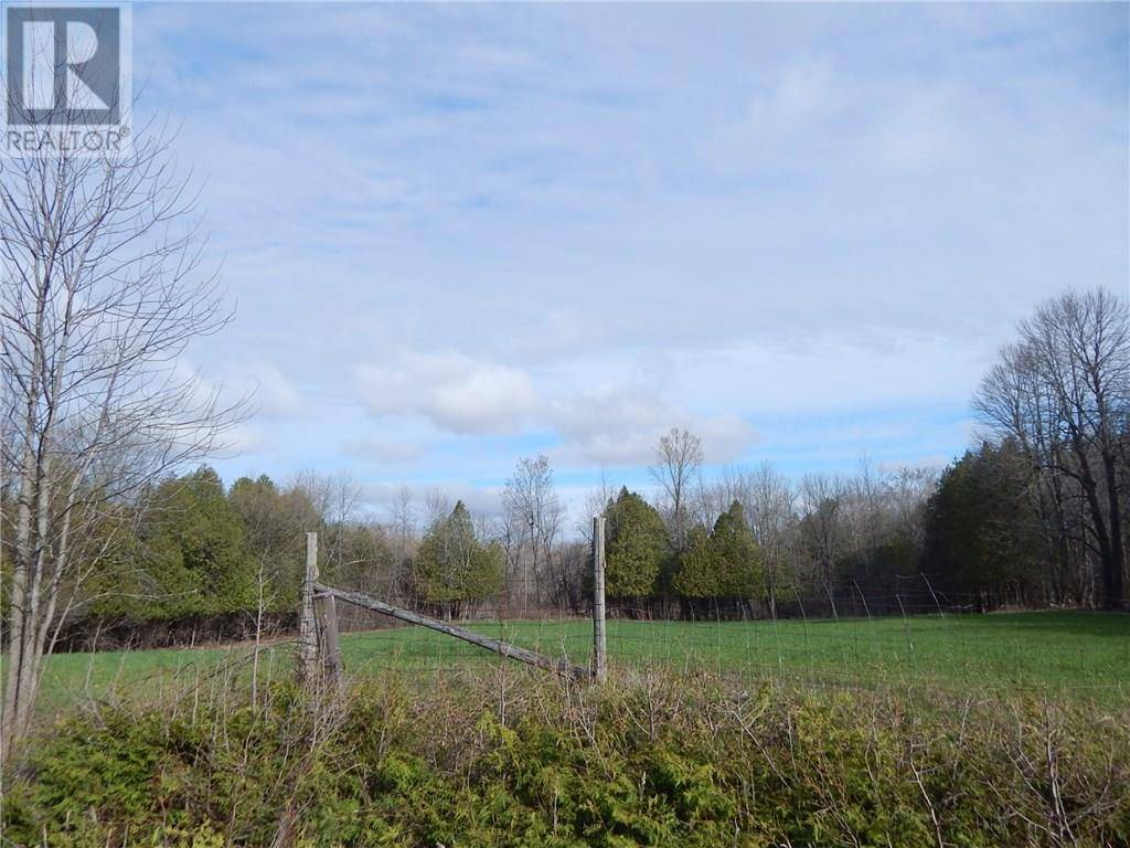 Residential property for sale at 0 4 Rd Maxville Ontario - MLS: 1144150