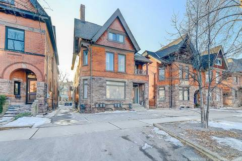 Townhouse for rent at 28 Madison Ave Unit 01 Toronto Ontario - MLS: C4699543