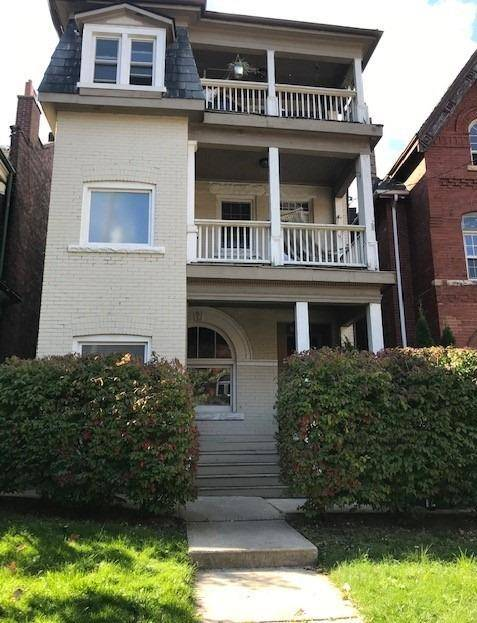 Townhouse for rent at 100 Cowan Ave Unit 1 Toronto Ontario - MLS: W4639628