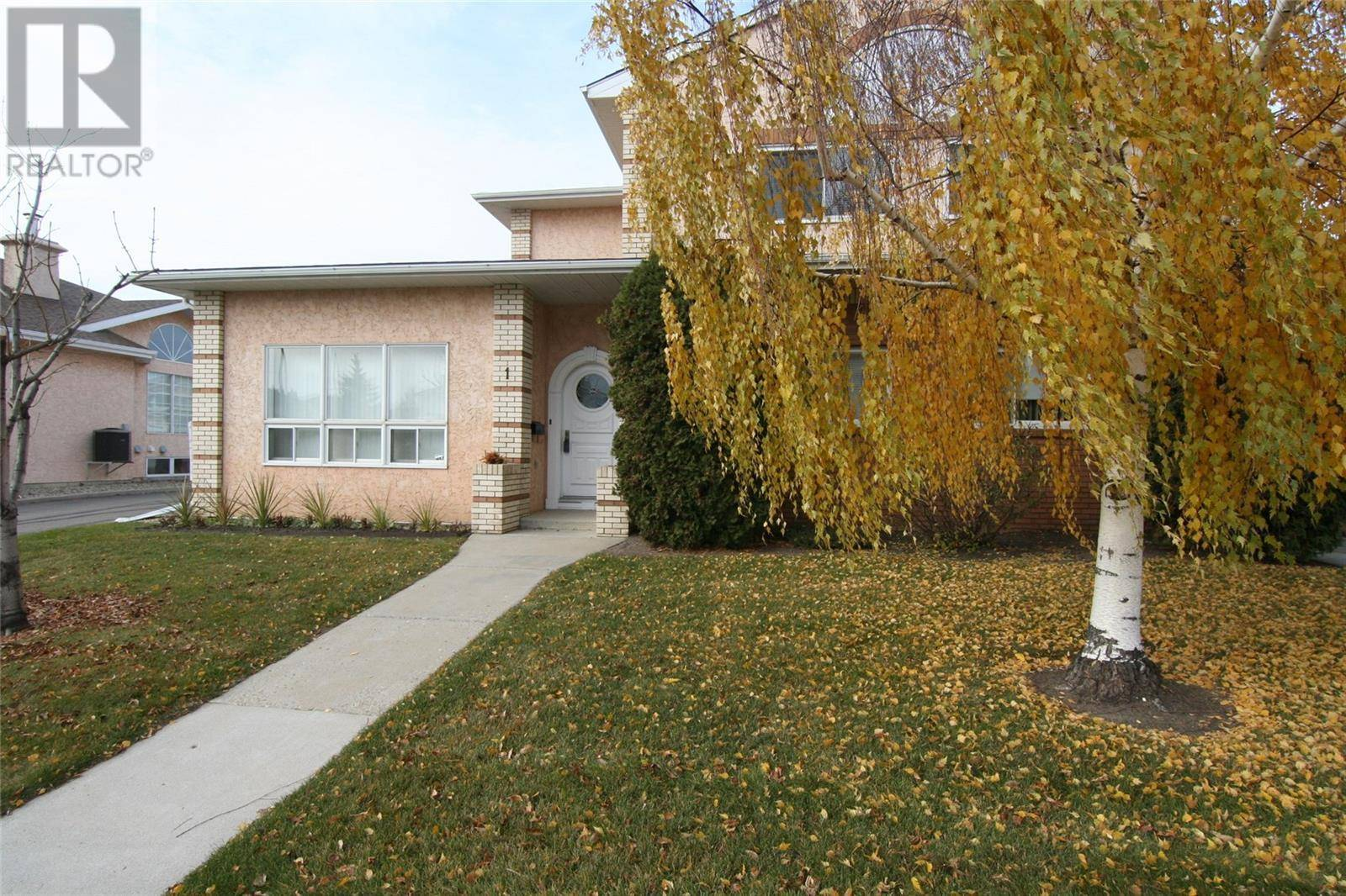 Townhouse for sale at 107 Rever Rd Unit 1 Saskatoon Saskatchewan - MLS: SK789938