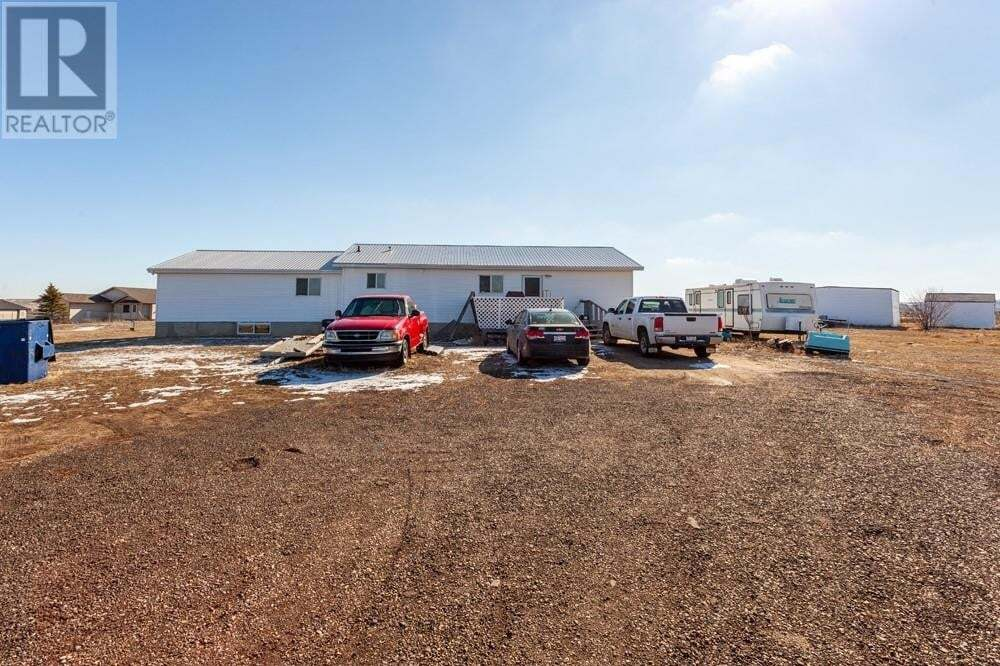 House for sale at 11409 Black & White Tr Unit 1 Rural Cypress County Alberta - MLS: mh0184832