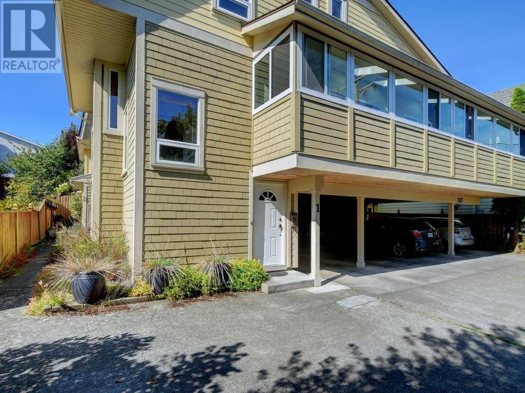 Townhouse for sale at 127 Michigan St Unit 1 Victoria British Columbia - MLS: 419172