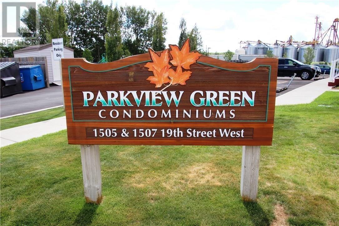 Townhouse for sale at 1507 19th St W Unit 1 Saskatoon Saskatchewan - MLS: SK827835