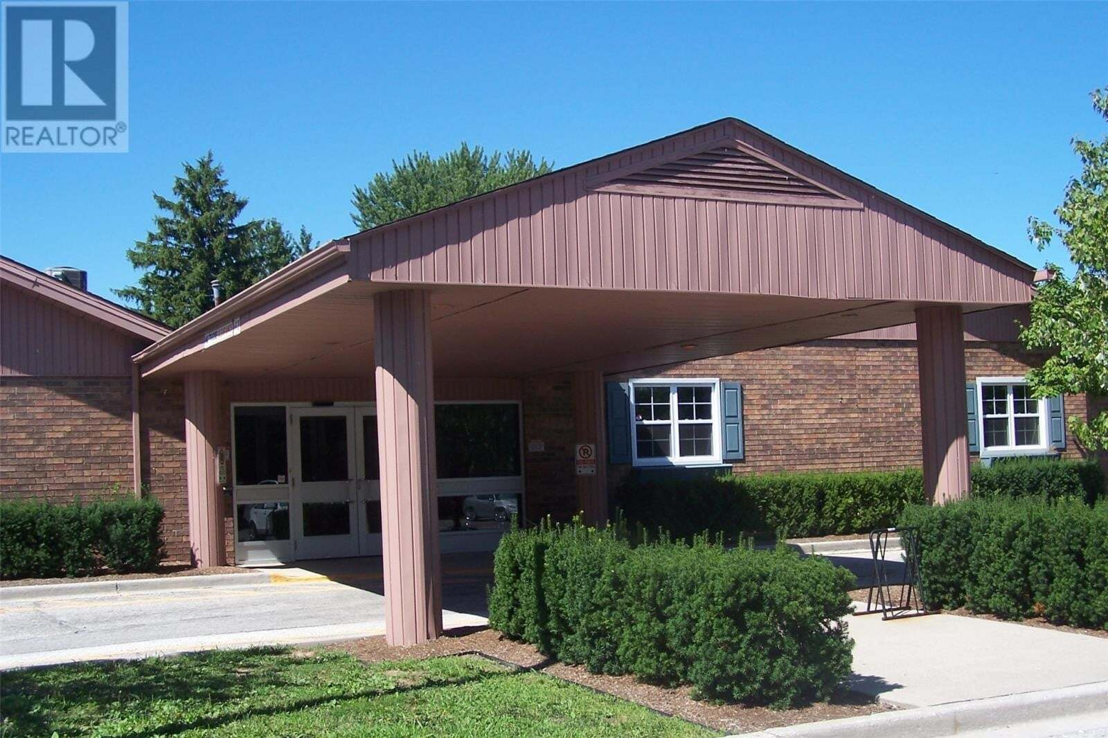 Commercial property for lease at 152 Lesperance Rd Apartment 1 Tecumseh Ontario - MLS: 20009910