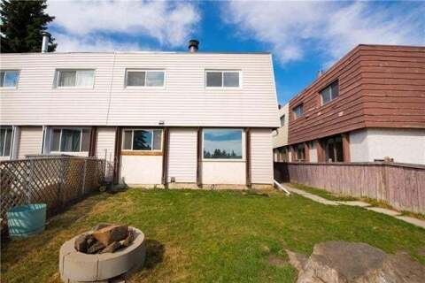 Townhouse for sale at 16 Blackthorn By Northeast Unit 1 Calgary Alberta - MLS: C4294500