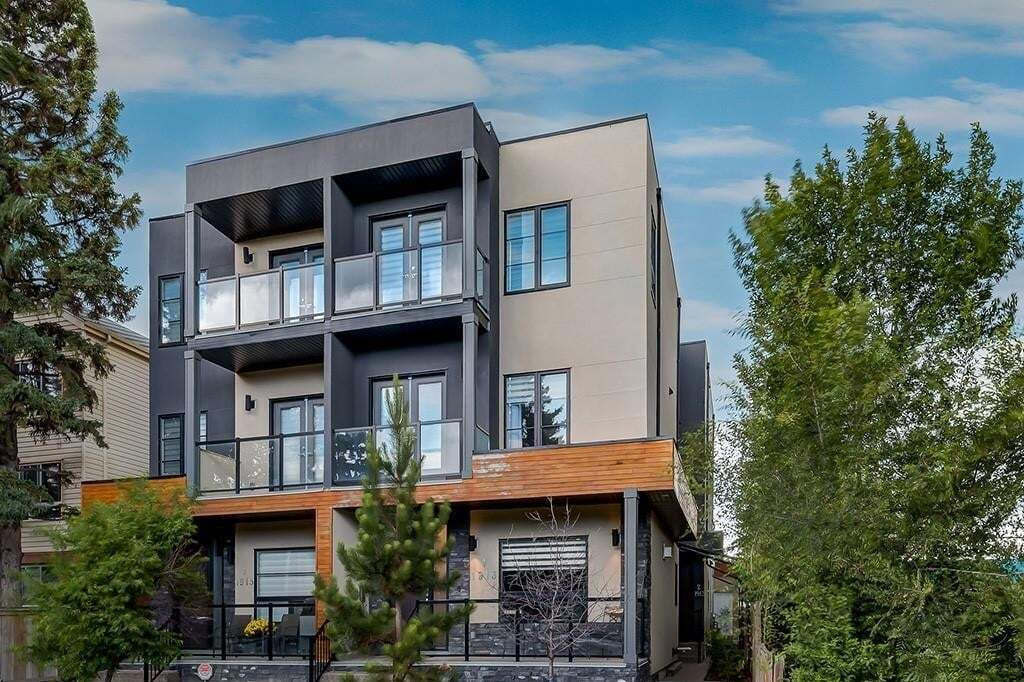 Townhouse for sale at 1913 33 St SW Unit 1 Killarney/glengarry, Calgary Alberta - MLS: C4291793