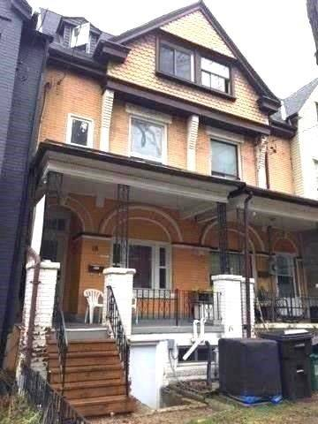 Townhouse for sale at 18 Nassau St Toronto Ontario - MLS: C4466738