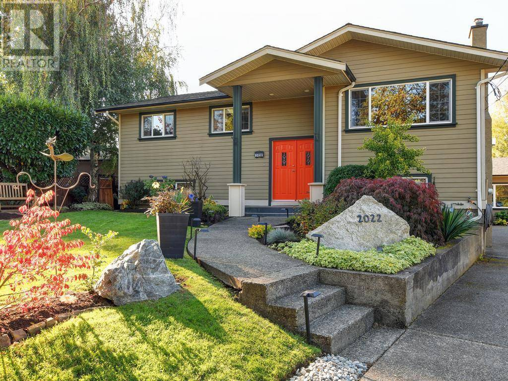 Townhouse for sale at 2022 Melville Dr Unit 1 Sidney British Columbia - MLS: 416845