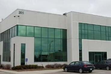 Commercial property for lease at 205 Export Blvd Apartment 1 Mississauga Ontario - MLS: W4781443