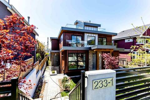 Townhouse for sale at 233 5th St W Unit 1 North Vancouver British Columbia - MLS: R2356578