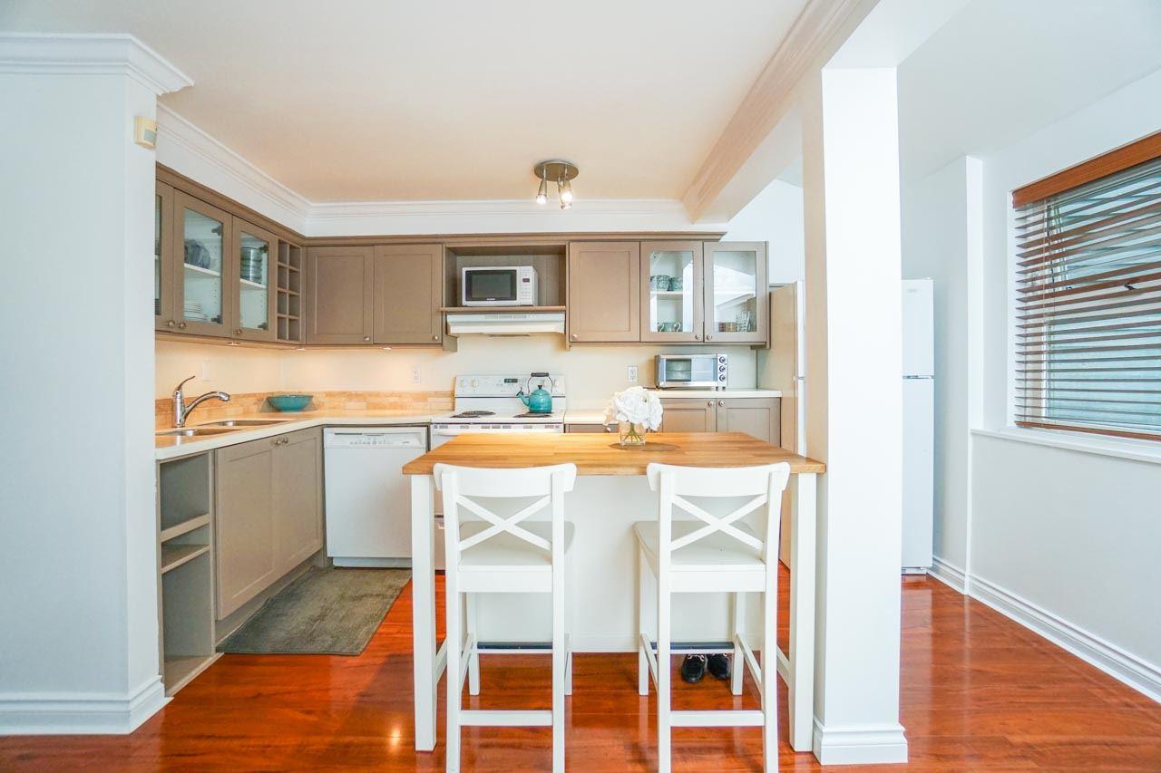 Sold: 1 - 2682 W 8th Avenue, Vancouver, BC