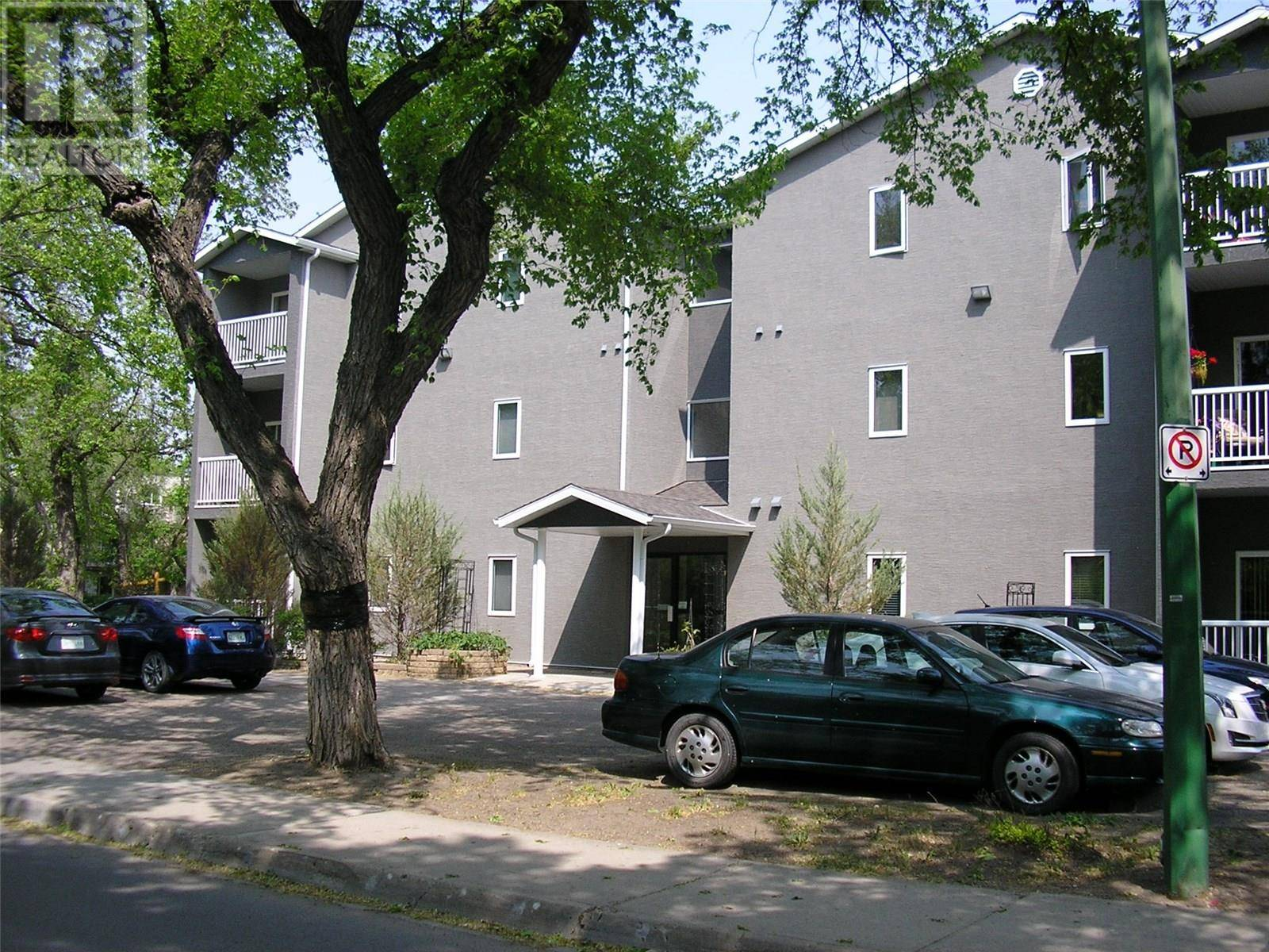 Condo for sale at 2935 Victoria Ave Unit 1 Regina Saskatchewan - MLS: SK774181