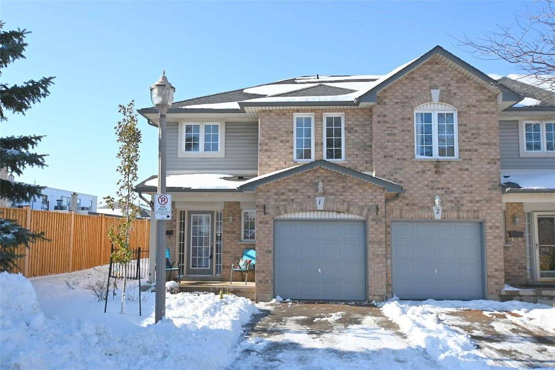 Townhouse for sale at 311 #8 Hy Unit 1 Stoney Creek Ontario - MLS: H4067800