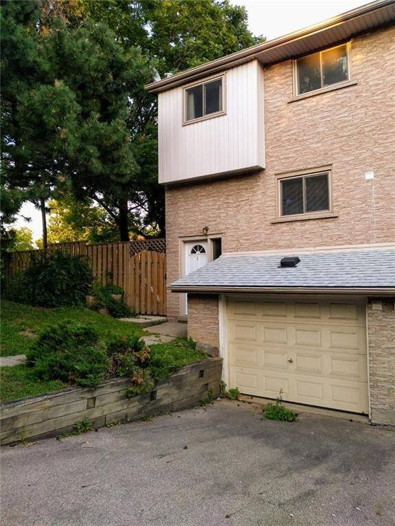 Townhouse for sale at 325 Mary St Unit 1 Hamilton Ontario - MLS: H4061620