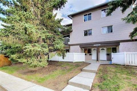 Townhouse for sale at 3800 Fonda Wy Southeast Unit 1 Calgary Alberta - MLS: C4300410