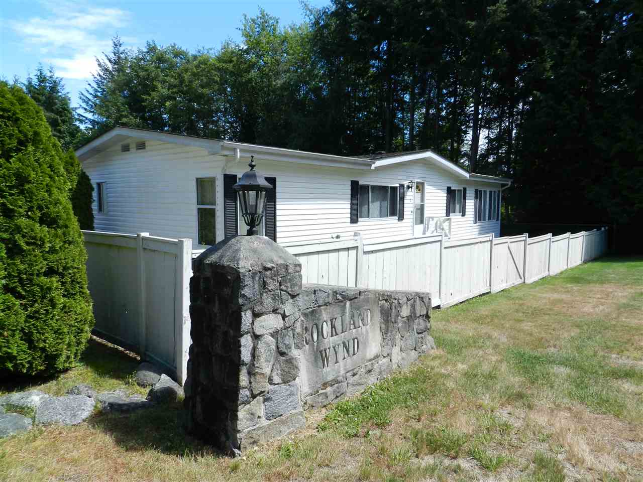 Sold: 1 - 4116 Browning Road, Sechelt, BC