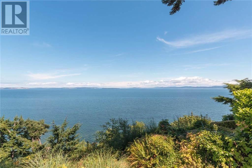 Home for sale at 4601 Cordova Bay Rd Unit 1 Victoria British Columbia - MLS: 410367