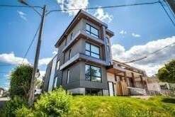 House for rent at 53 Rockcliffe Blvd Unit 1 Toronto Ontario - MLS: W4957117