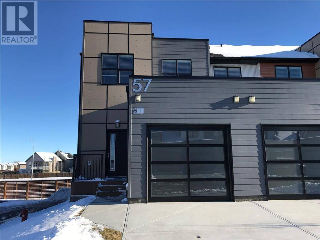 Townhouse for sale at 57 Aquitania Circ W Unit 1 Lethbridge Alberta - MLS: ld0183939