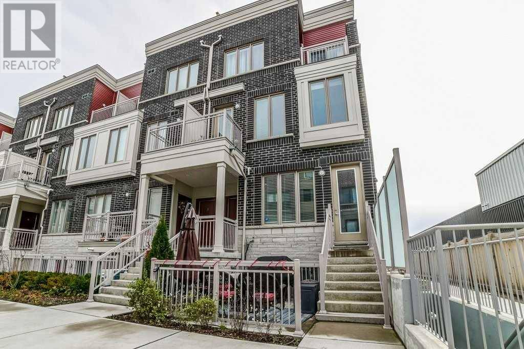 Townhouse for sale at 90 Eastwood Park Gdns Unit 1 Toronto Ontario - MLS: W4627242