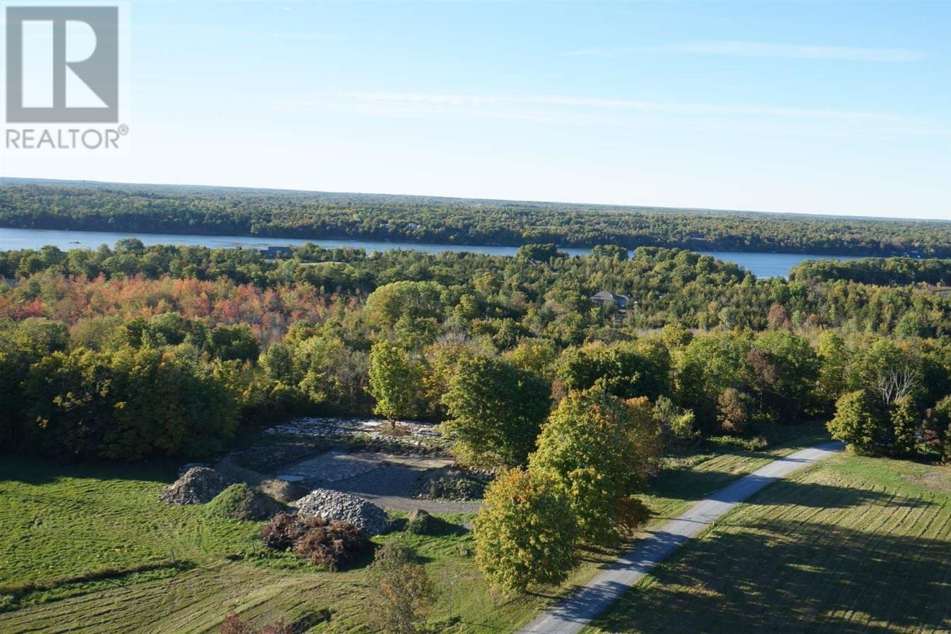 Residential property for sale at 1 Applewood Ln South Frontenac Ontario - MLS: K20004576a