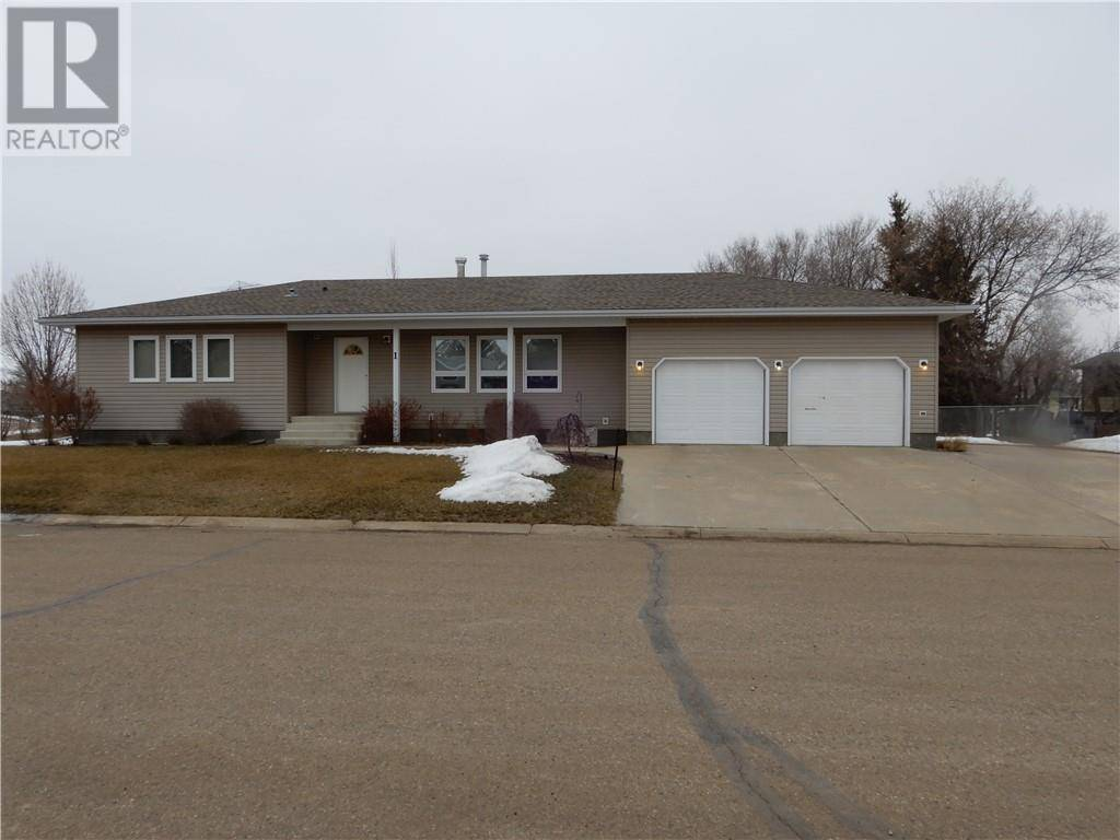 House for sale at 1 Canary Cres Sedgewick Alberta - MLS: ca0160904