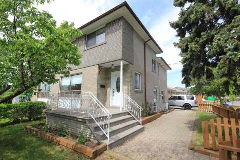 Townhouse for rent at 1 Clayhall Cres Toronto Ontario - MLS: W4772448