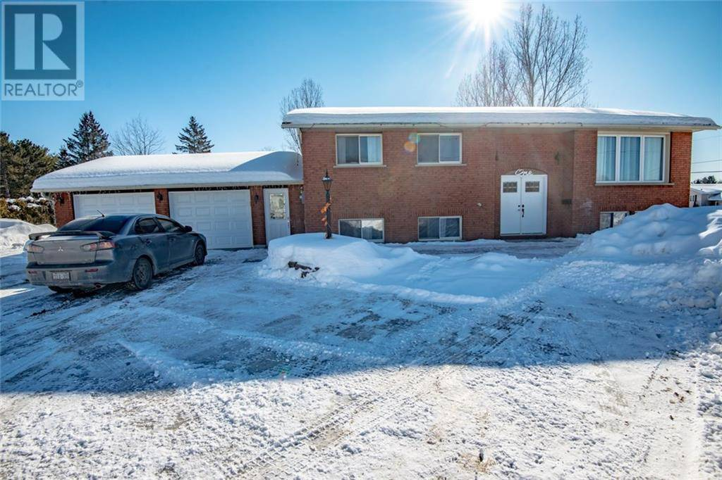 House for sale at 1 Country Ln Petawawa Ontario - MLS: 1179837