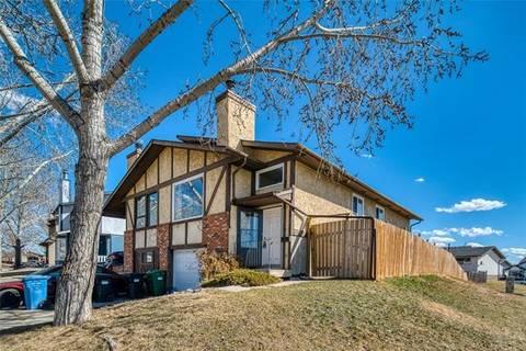 Townhouse for sale at 1 Falchurch Rd Northeast Calgary Alberta - MLS: C4238193