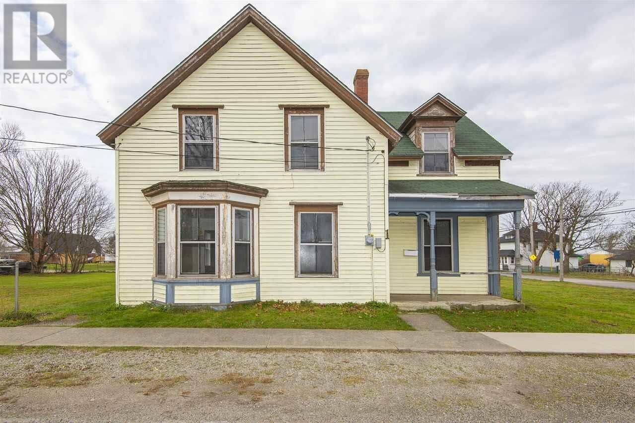 House for sale at 1 Forbes St Yarmouth Nova Scotia - MLS: 202024177