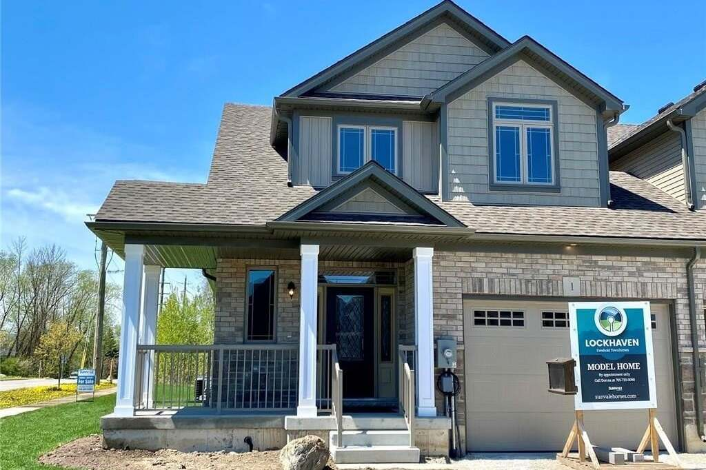 Townhouse for sale at 1 George Zubek Dr Collingwood Ontario - MLS: 30808537