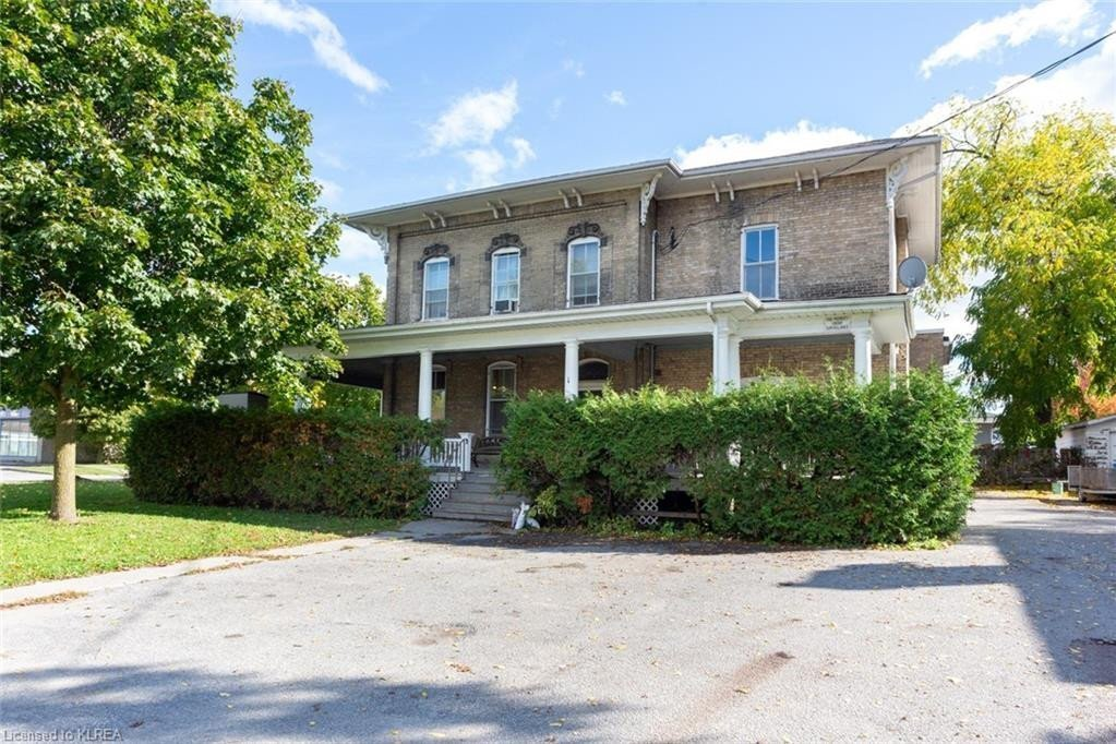 Townhouse for sale at 1 Glenelg St West Lindsay Ontario - MLS: 40030966