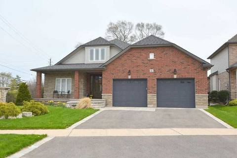 House for sale at 1 Golf Woods Dr Grimsby Ontario - MLS: X4496339