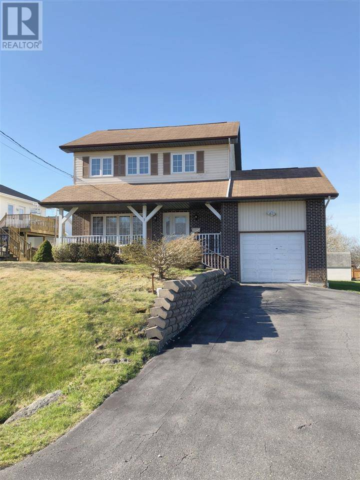House for sale at 1 Herrington Ave Yarmouth Nova Scotia - MLS: 201910173