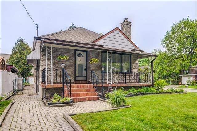 Sold: 1 Inniswood Drive, Toronto, ON