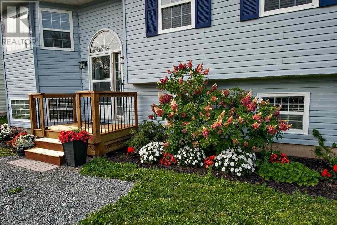 1 Karen Drive, Dartmouth | Image 2