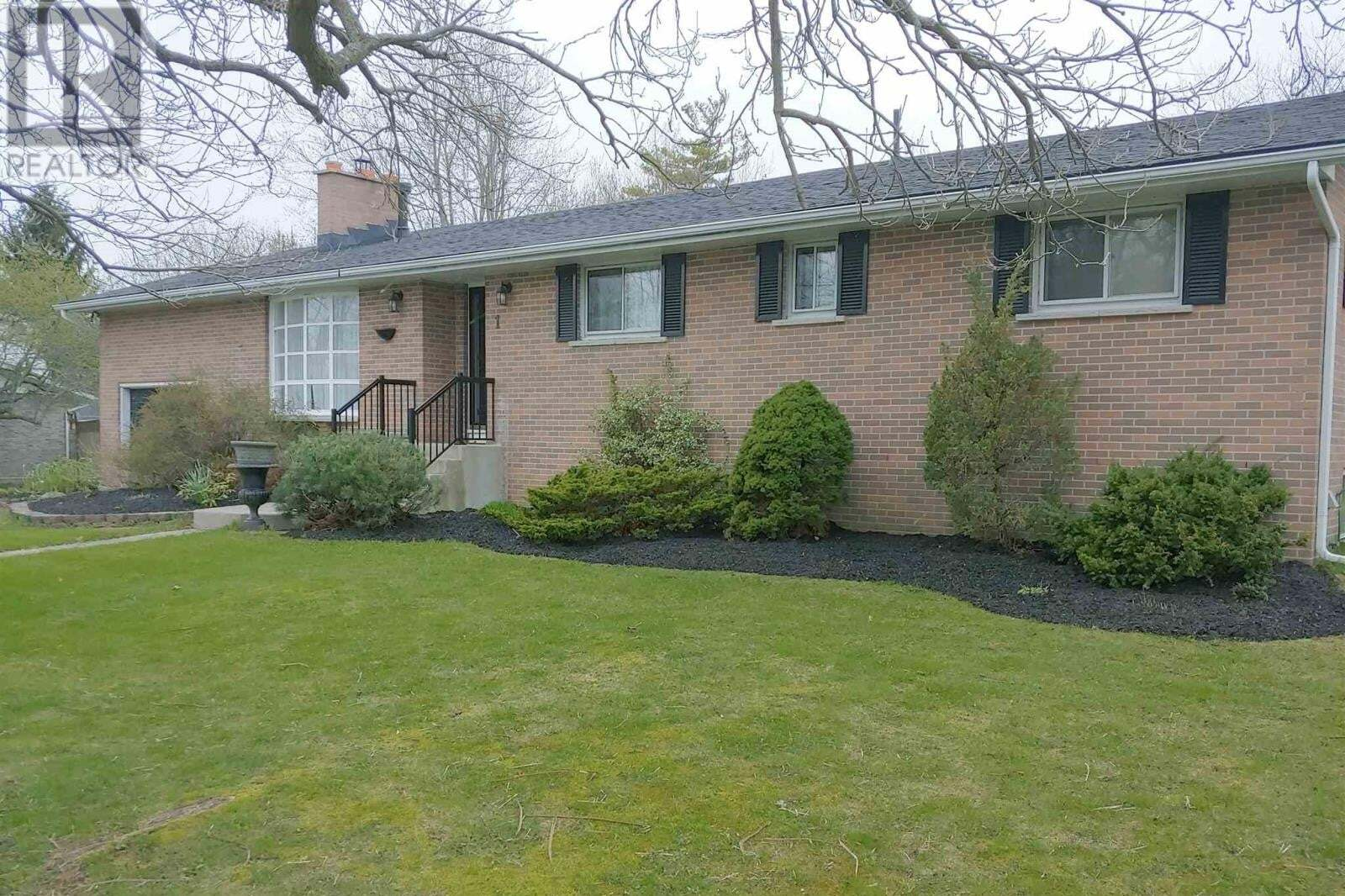 House for sale at 1 King Pitt Rd Kingston Ontario - MLS: K20002351