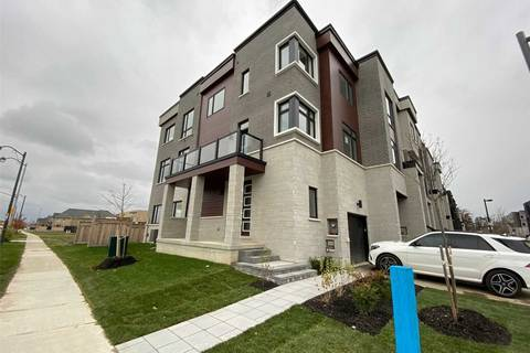 Townhouse for sale at 1 Laskin Dr Vaughan Ontario - MLS: N4616795