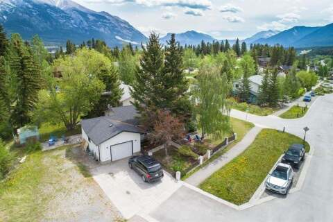 House for sale at 1 Macdonald Pl Canmore Alberta - MLS: A1029347