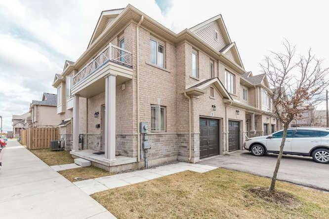 Townhouse for sale at 1 Memory Ln Hamilton Ontario - MLS: H4075478