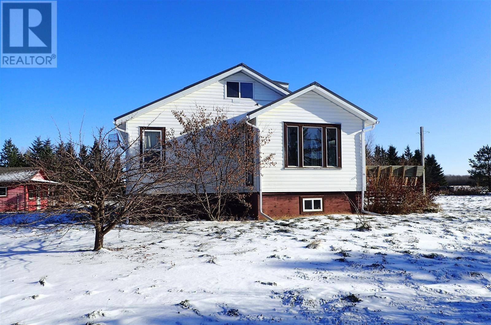 House for sale at 1 Acreage Mile Of Lk North Meadow Lake Rm No.588 Saskatchewan - MLS: SK790354