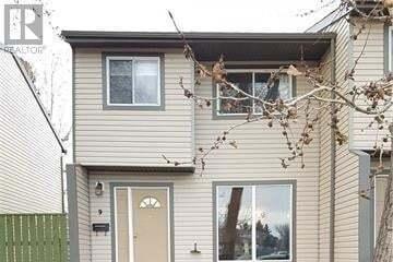 House for sale at 1 Park Meadows Blvd N Lethbridge Alberta - MLS: LD0183509