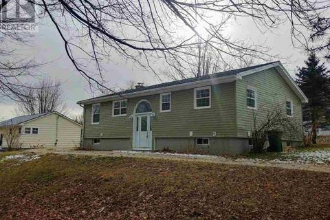 House for sale at 1 Parkdale Ave Bridgewater Nova Scotia - MLS: 201900243