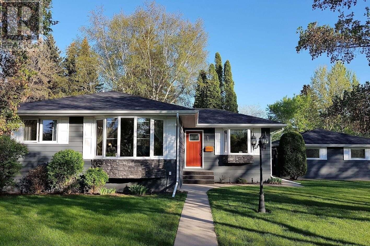 House for sale at 1 Pinder Cres Saskatoon Saskatchewan - MLS: SK810328
