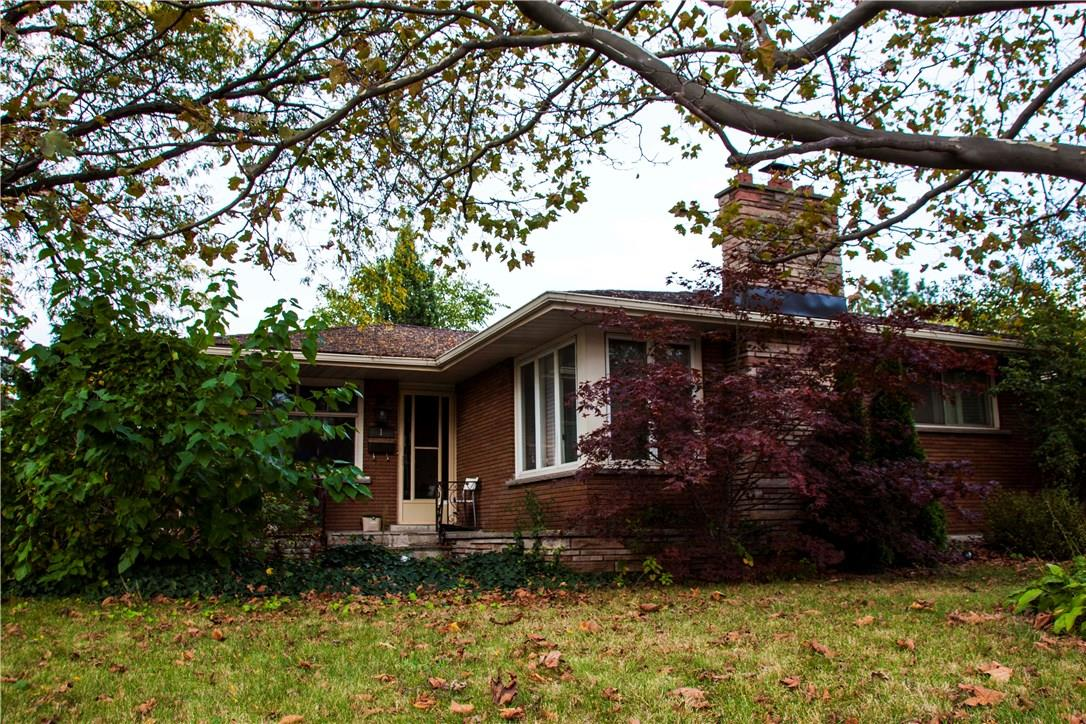 For Sale: 1 Princess Ann Circle, St Catharines, ON   7 Bed, 2 Bath House for $485,000. See 15 photos!